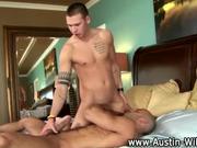 Pornstar hunk Austin Wilde gobbling
